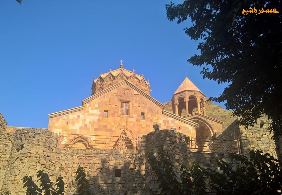 کلیسای سنت استپانوس همسفر باشیم