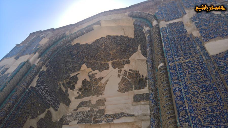 کاشی کاری مسجد کبود همسفر باشیم